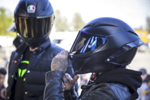 Pair Your Helmet With Your Motorcycle {With This Buying Guide}